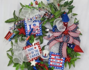 4th of July Wreath, Patriotic Gift. American Flag