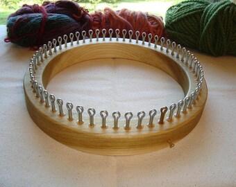 Regular Gauge Hat Knitting Loom - 60 Peg - Adult Hat Size - Cottage Looms