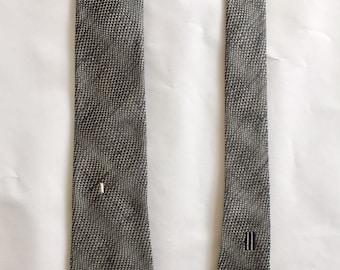 Vintage 1950s 60s Men's Silver Black Silk Skinny Tie