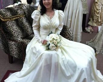 Vintage 1940 Wedding Gown & Slip