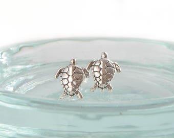 925 Sterling Silver Turtle Stud Earrings, Beach Jewelry, Ocean Jewelry, Ocean Earrings, Turtle Jewelry, Sea Turtle Stud, Animal Earrings