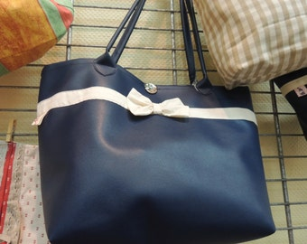 bag with large meetings
