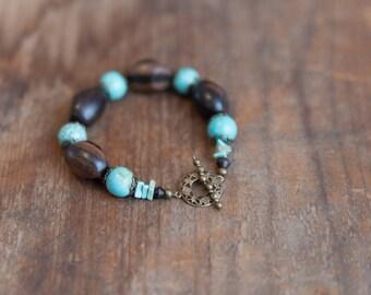 Howlite Turquoise & Wood Bracelet