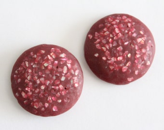 Vintage magenta red purple confetti round cabochons . 30-31mm (2)