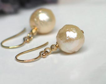 14k Gold Baroque Pearl Earrings | Ivory Champagne Kasumi Style Freshwater Pearls | 14kt Yellow Gold Earrings | Birthday Gift | Ready to Ship