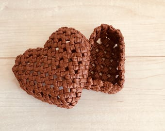 Lovely heart shaped paper band, braided small box