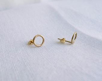 Circle earrings - 14k gold