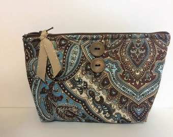 Quilted Zippered Cosmetic Bag