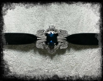 Deep Blue - Velvet Choker with Crystal and Fibula