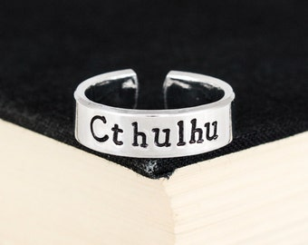 Cthulhu Ring - H.P. Lovecraft - Horror - Aluminum Cuff Ring