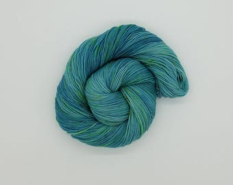 Hand Dyed Superwash Merino Nylon Wool Sock Yarn ,OOAK, hand dyed yarn, hand painted yarn, sock yarn, yarn, verigated yarn,