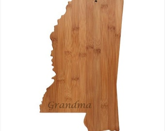Engraved Mississippi Cutting Board - Mississippi Shaped Bamboo Cutting Board Custom Engraved - Wedding Gift, Couples Gift, Housewarming Gift