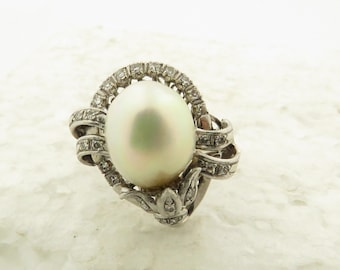 Vintage 14 kt White Gold & Cultured Oval Outline Creamy w/ Strong Luster Rose Greenish Overture Pearl and Diamond Tear Drop Design Ring / 6.