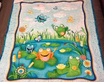 Bright and cheery frogs baby quilt