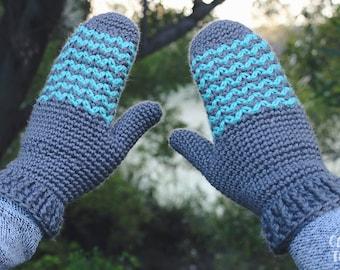 Crochet Pattern - Little Peaks Mittens - PDF