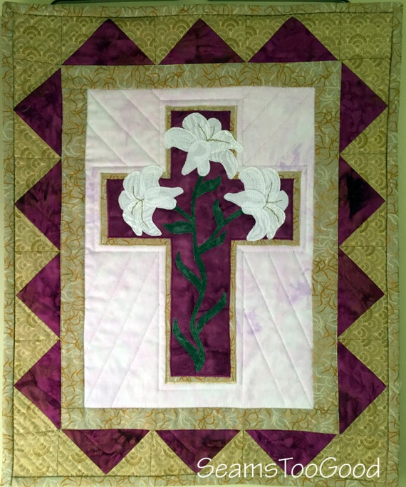 Easter Lily Small Quilt Wall Hanging Christian Quilt Table