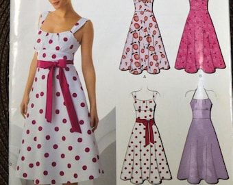 Misses' Dress Sewing Pattern New Look 6966  Misses' Dress Bust 30-38 inches  UNCUT Complete