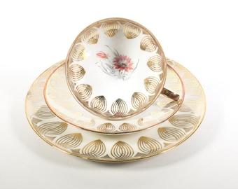 Bavaria Qualitatsporzellan, tea cup trio, tea cup and saucer plate set, Mid Century