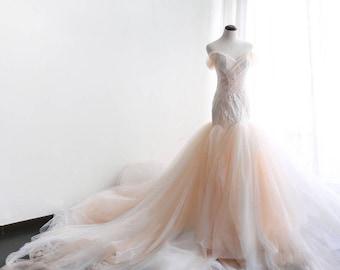Peach wedding dress etsy wedding dressmermaid lace tulle peach ivory extra long train wedding dressmermaid wedding junglespirit Images