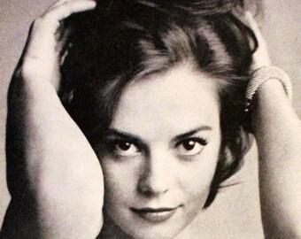 Natalie Wood Magazine Photo - 1961 - Look Magazine - Single Page