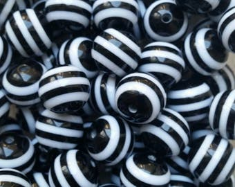 BULK 35 pcs Black and White Stripe 20 mm Chunky Bubblegum Beads