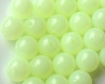 10 mm Pale Yellow Round Shape Jelly Candy Acrylic Beads. (.ma)