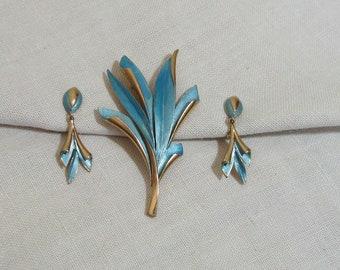 Vintage Turquoise Enamel Brooch & Earrings