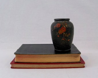 Vintage Asian Chinoiserie Vase Black with Red Floral Desgin