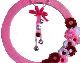 Valentine's Day Wreath, Hearts and Flowers Pink Yarn Wreath