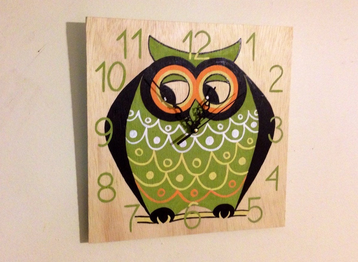 OWL wooden wall clock, Decorative Fun and Colorful OWL clock, Hand ...