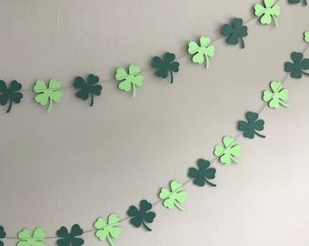 St Patrick's Day shamrock garland - Lucky clover garland - Green clover garland - Home decor - Handmade garland - Celebration accessories