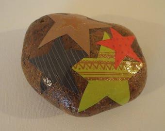 Star decoupage - beach stone - paperweight