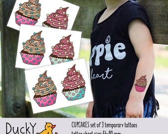 Set of 3 temporary tattoos Cupcakes. 6 yummy sweet cakes kids tattoos. Birthday party favors, sweets and candy party supply. TT160
