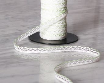 10 meters lace cotton, white and green 10mm, (5533)