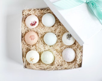 Bath Bomb Gift Set of 9, Essential oil Bath Bomb Gift,  gifts for girlfriend, birthday gift for her, bath bombs gift set Mother's Day gifts