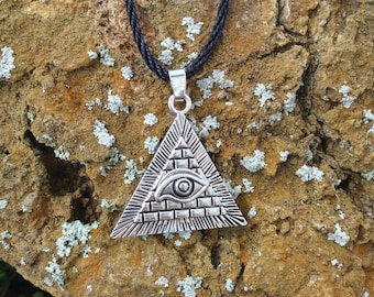 All seeing eye evil eye ptotection amulet necklace