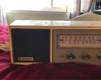 Vintage panasonic FM/AM solid state radio