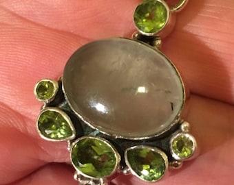 Pendant 925 sterling silver, Prehnite natural Peridots.