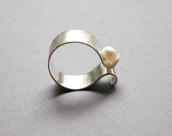 Sterling Silver Ring with Mother of Pearl, Wide band adjustable ring - Custom made ring
