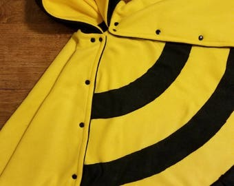 Bumble bee charachter carseat safe poncho