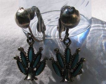 Retro Zuni Inspired Blue Turquoise Beaded and Silver Dangle Earrings, Southwestern, 1970's