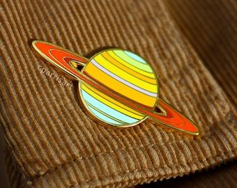 Saturn enamel pin (Voyager 1)