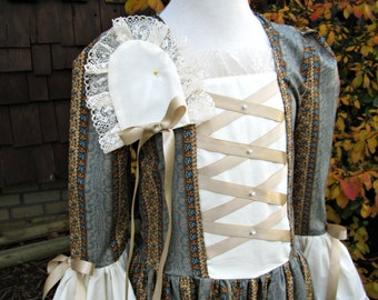 SALE..Girls  Colonial dress.. Size 4/5.. Williamsburg costume  (PLEASE read full destails  with measurements)