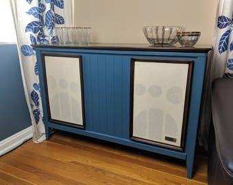 Vintage Stereo Console, Zenith Stereo Console, Vintage Stereo Cabinet,  Bluetooth And Speakers ***Does Not Include Shipping***