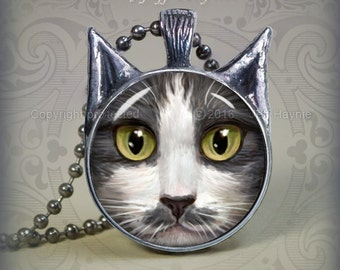 GW4 Grey Tuxedo Cat pendant