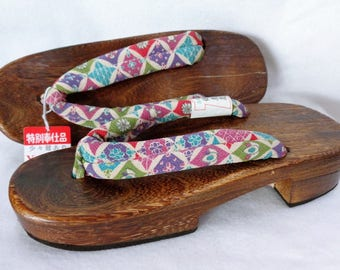 VJ634 :Geta  Sandals ,Vintage Japanese Kimono Geta wooden Sandals ,Womens Yukata Sandals ,size 23.5 cm,hand made in Japan
