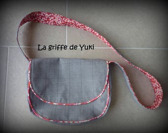 Gray Messenger bag with liberty red lining
