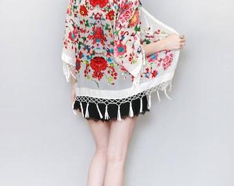 Vintage Style White Flocked Silk Velvet Tassel Kimono