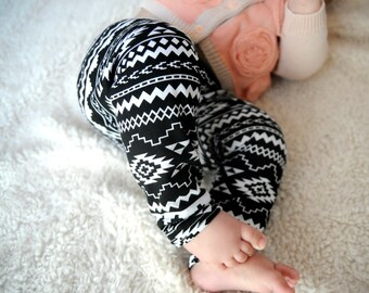 Aztec Leggings, Baby, Boy, Girl, Tribal, Black and white, Monochromatic, Newborn, Infant, Toddler, Cotton, Knit, Arrow, Baby Shower, Gift