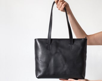Holly Zip Tote in Black Vegetable Tanned Leather - SALE NOW ON
